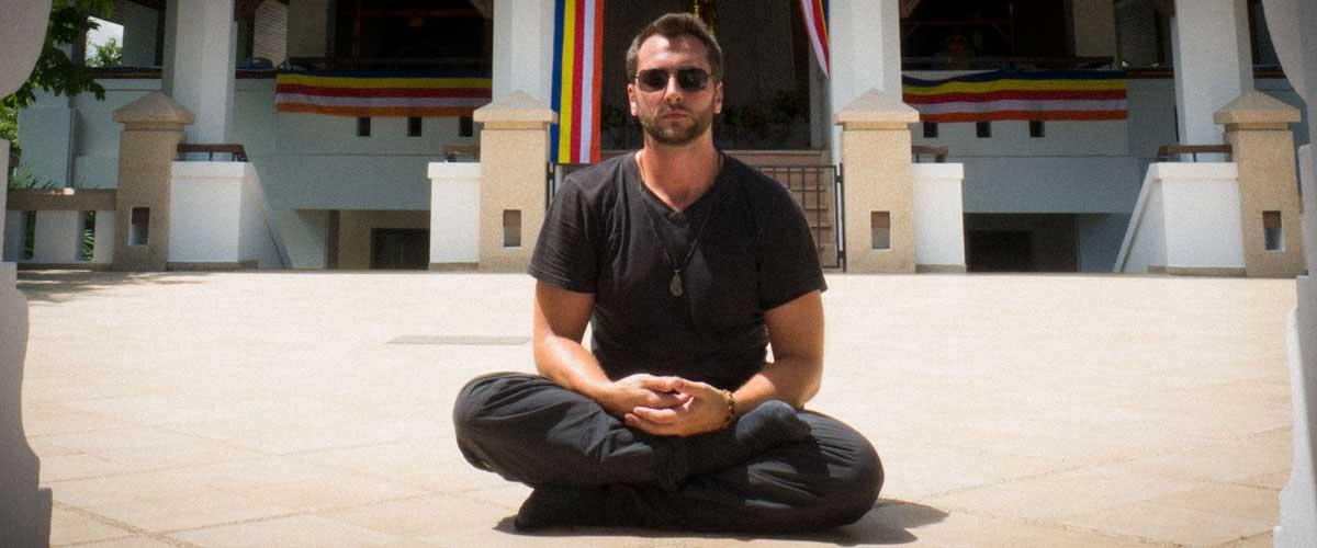 Weltreise-Blog-Artikel: 10 GEISTREICHE EINSICHTEN DER VIPASSANA MEDITATION. Warum ein Meditationskurs als buddhistischer Mönch auf Zeit dein Leben nachhaltig bereichert.