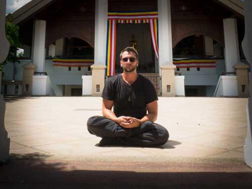Weltreise-Planung-Blog: 10 GEISTREICHE EINSICHTEN DER VIPASSANA MEDITATION. Warum ein Meditationskurs als buddhistischer Mönch auf Zeit dein Leben nachhaltig bereichert.