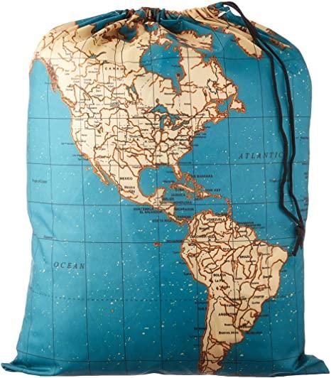 Ein Wäschesack hilft auf Reisen die dreckige Wäsche von der sauberen zu trennen